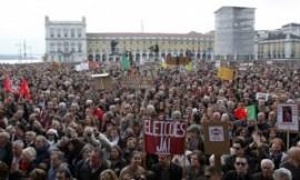 PORTUGAL1_591_355_protest020313-300x180