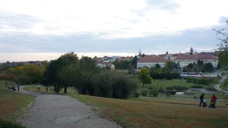 Η Πλατεία Ειρήνης (Namesti Miru) με το πάρκο της