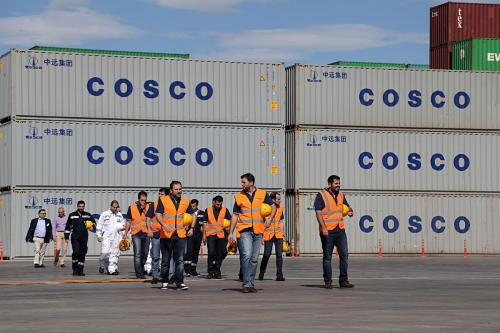 Official visit of the Chinese Prime Minister Li Keqiang, accompanied by the Greek Prime Minister Antonis Samaras, at the COSCO controlled container terminal at the port of Piraeus, as part of Li's three days visit in Greece. / Επίσημη επίσκεψη του Κινέζου πρωθυπουργού Λι Κεκιανγκ, συνοδευόμενους απο τον Έλληνα πρωθυπουργο Αντώνη Σαμαρά, στις εγκαταστάσεις που ελέγχει η COSCO στο λιμάνι του Πειραιά, κατά την τριήμερη επίσκεψη του Λι στην Ελλάδα.